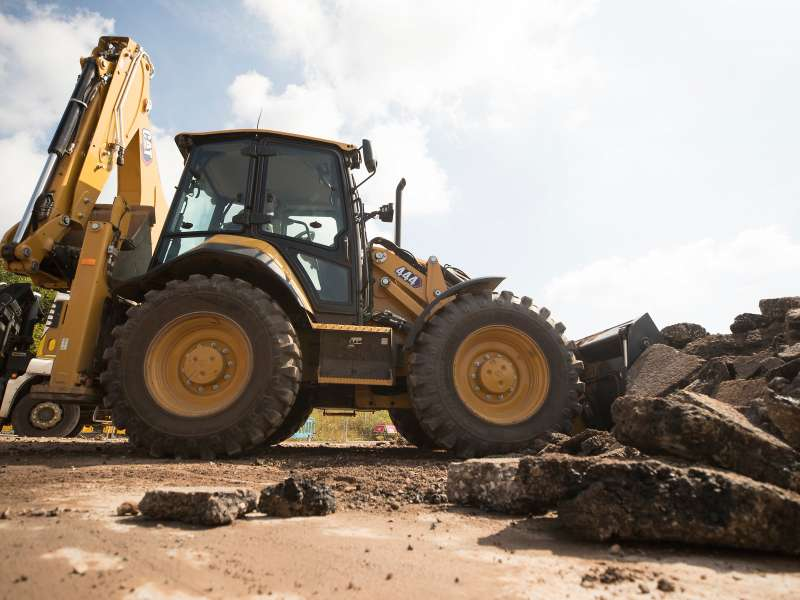 Cat 444 backhoe loader