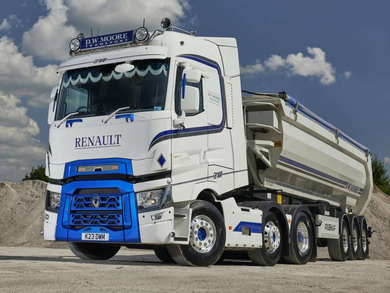 Renault T520 High tractor unit