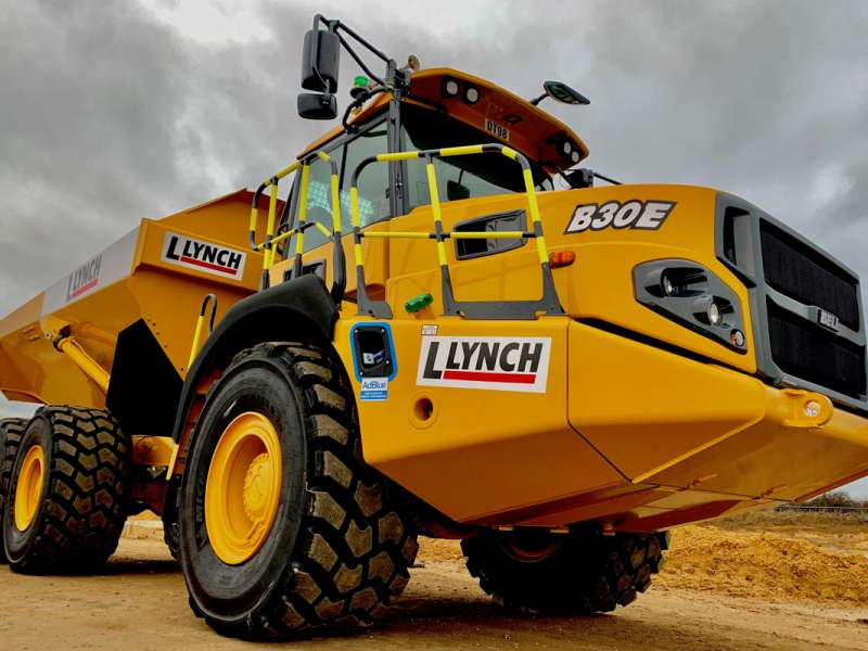 Bell B30E articulated dumptruck