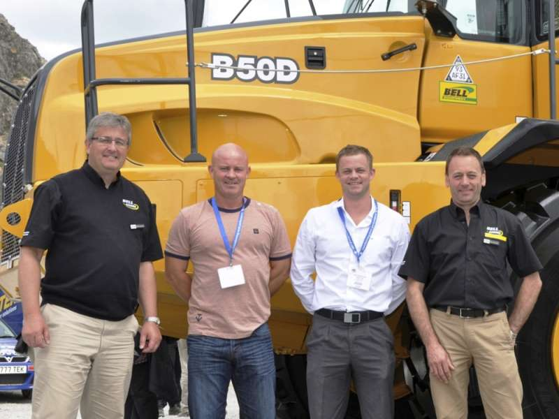 Land Engineering Services purchase four Bell B50Ds