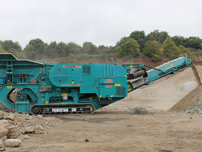 Powerscreen 300 mobile jaw crusher