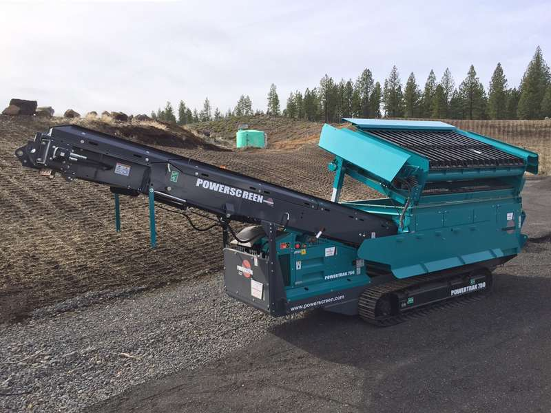 Powerscreen Powertrak 750 mobile screener