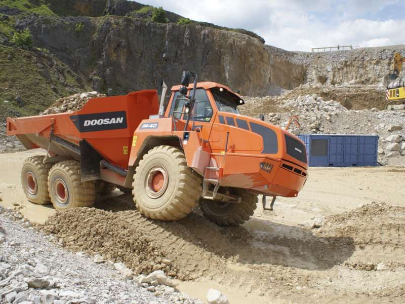 Doosan at Hillhead