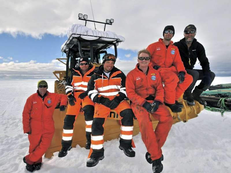 Finning expedition team