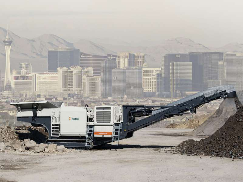 Metso Lokotrack Urban mobile crusher