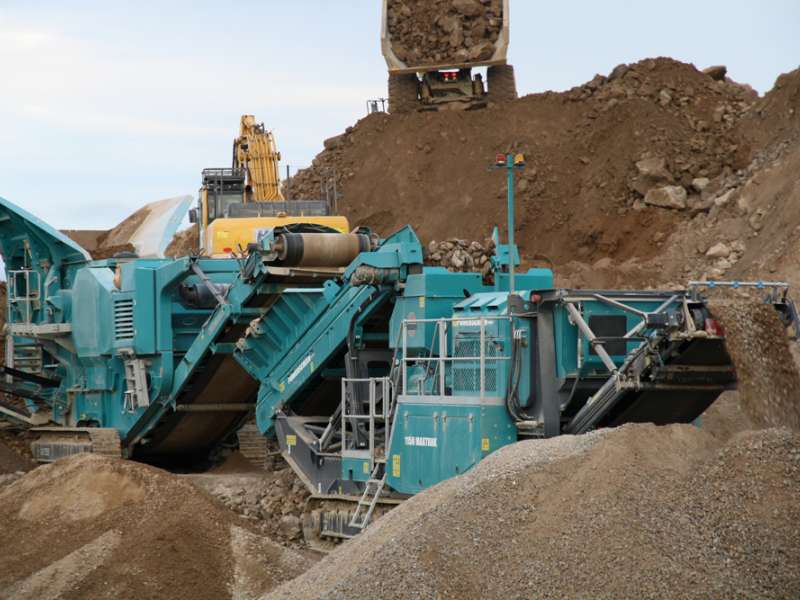 Powerscreen machines