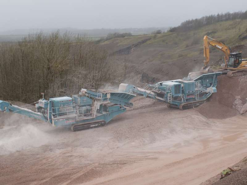 Powerscreen mobile crushing plant