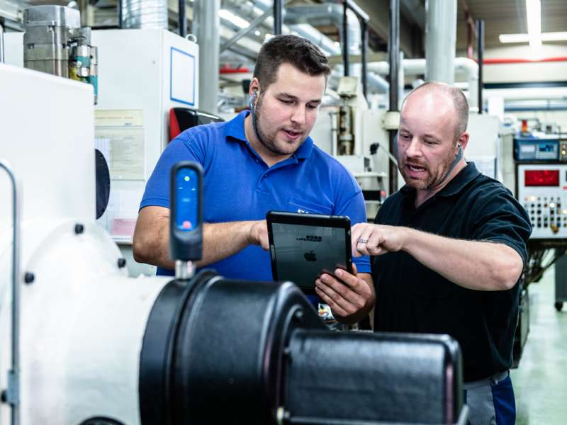 SKF's fee-based service initiative