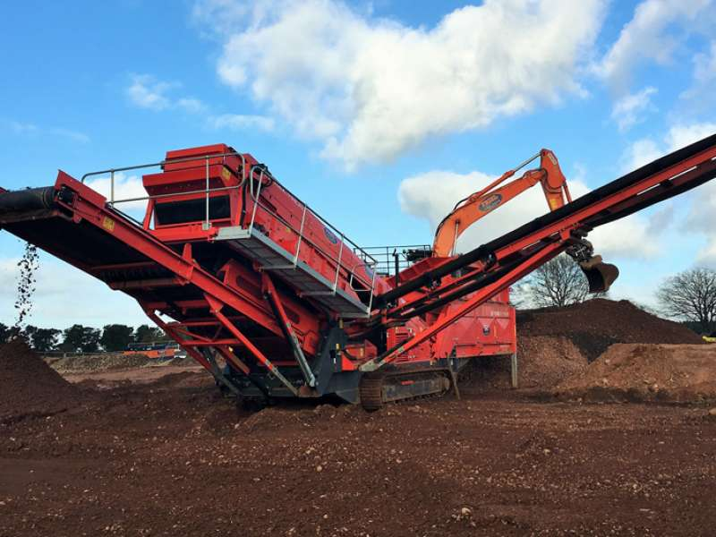 Terex Finlay 683 Supertrak screen