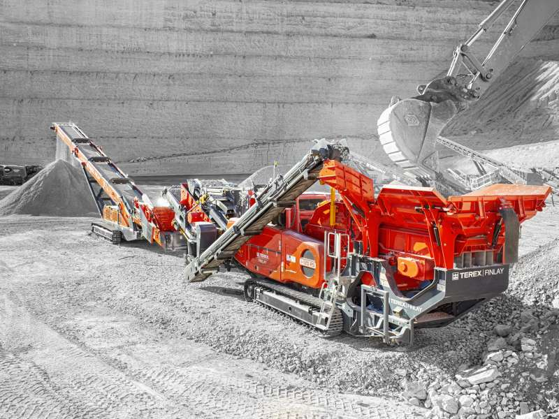 Terex Finlay I-120RS impact crusher and TF-75L low-level feeder