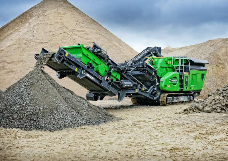 EvoQuip Cobra 230R mobile crusher