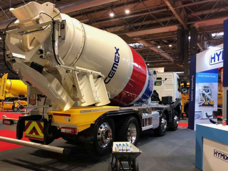 Hymix concrete truckmixer with no ladder or platform