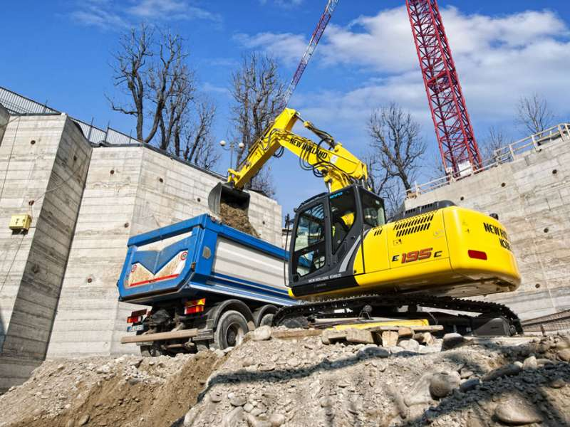 New Holland E195C excavator