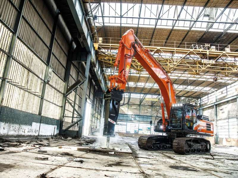 Hitachi FXJ 375 hydraulic breaker