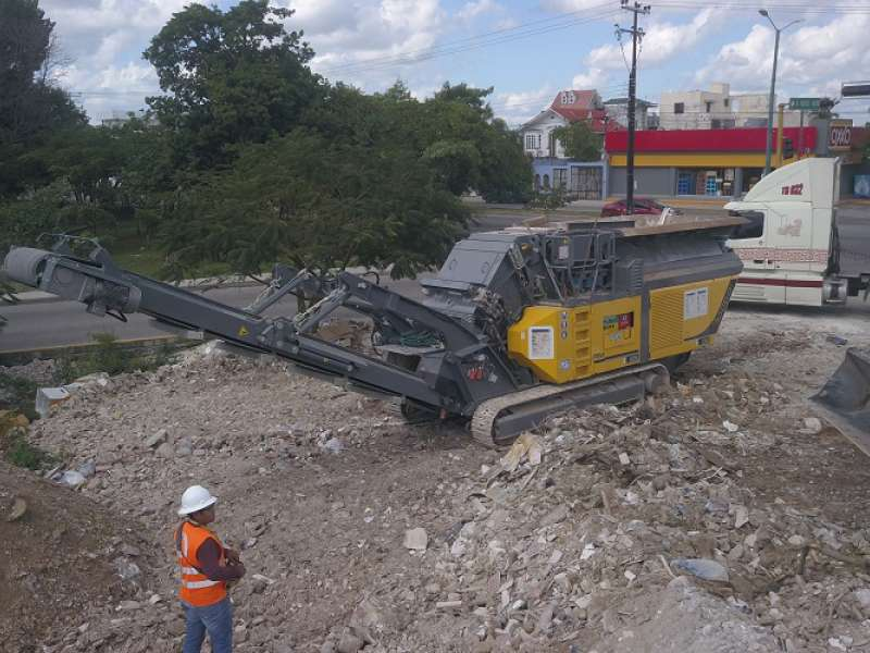 Rubble Master RM 100GO! crusher