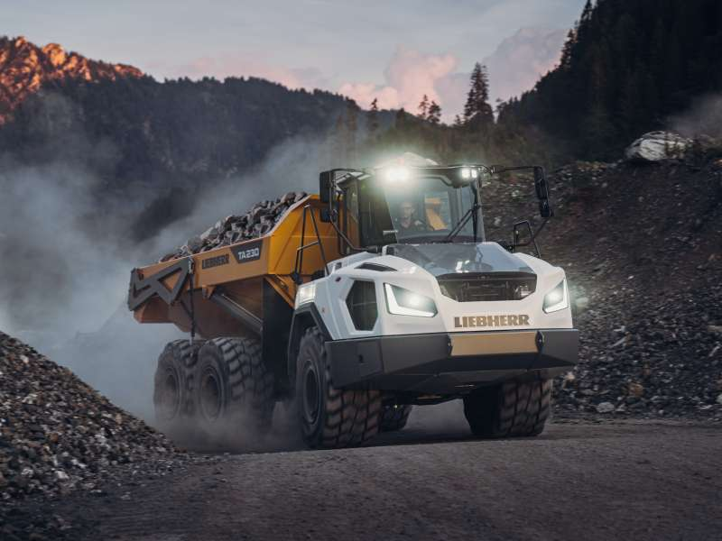 Liebherr TA 230 Litronic dumptruck