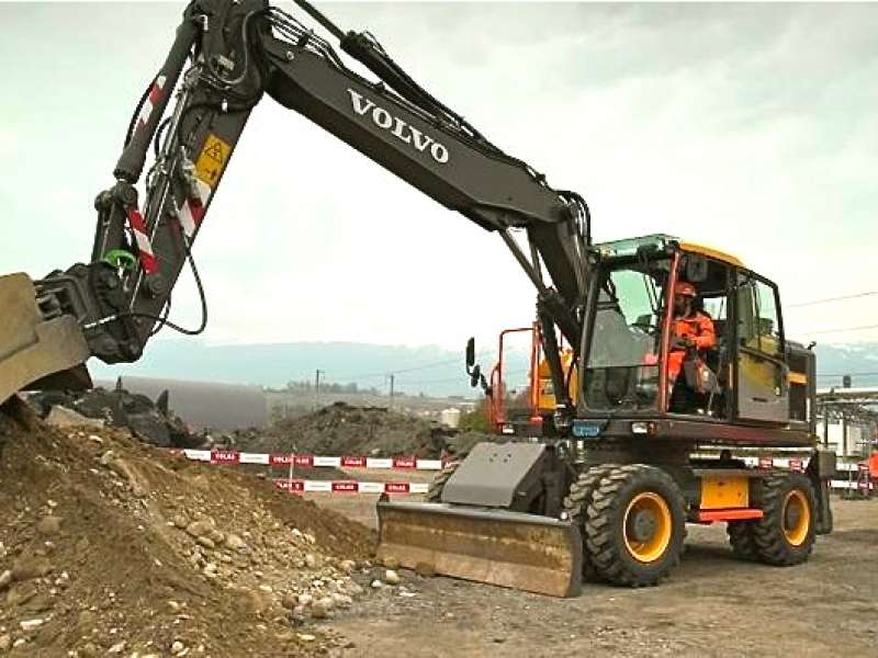 Volvo CE test safety concepts with Colas