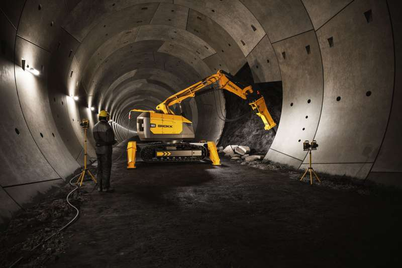 Brokk 900 demolition robot