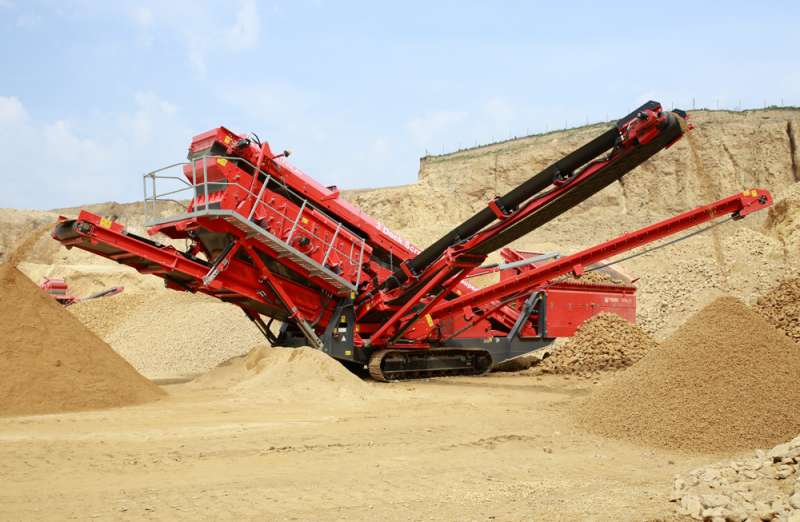 Terex Finlay 674 tracked screen